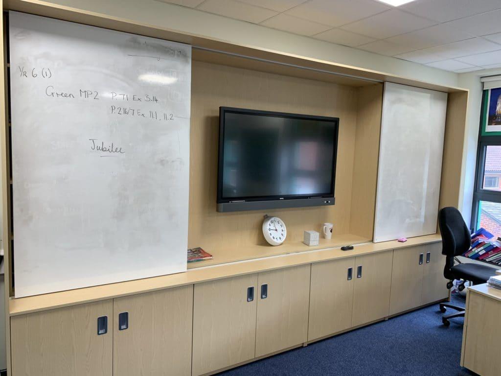 St Andrews, Woking teaching wall
